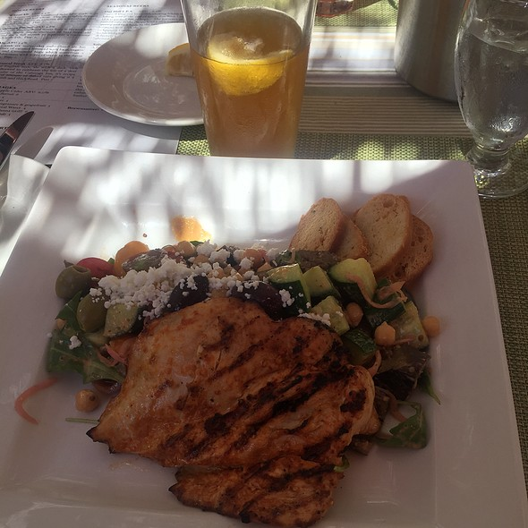 Mediterranean Salad - Calistoga Inn Restaurant & Brewery, Calistoga, CA