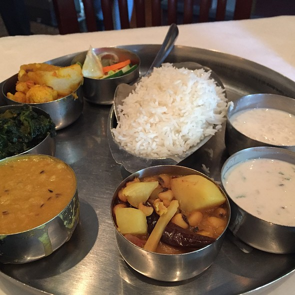 Nepalese Veg Bhojan - Chicago Curry House (Indian and Nepalese Restaurant), Chicago, IL