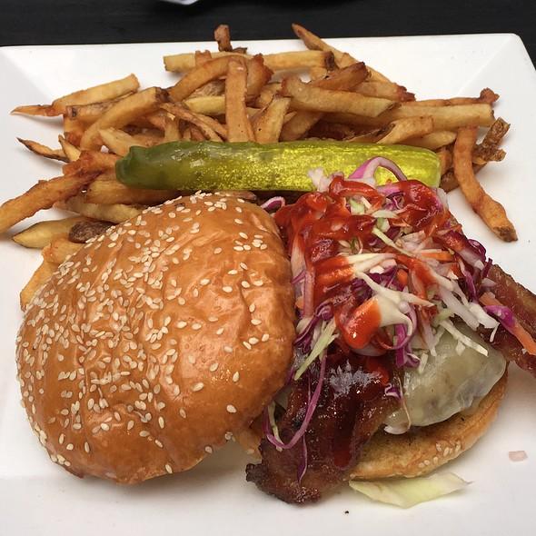 Siricaia Burger - Barlow's Restaurant, Boston, MA