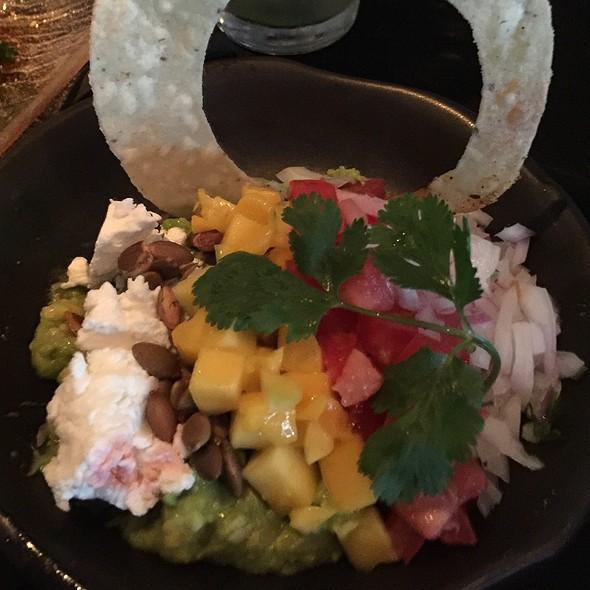 Guacamole Sol - Sol Cocina, Newport Beach, CA