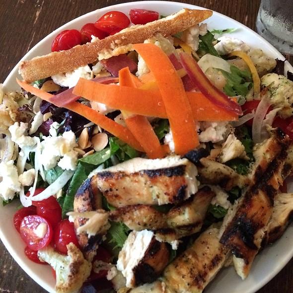 Farmers Market Salad - HUB Restaurant & Ice Creamery, Tucson, AZ