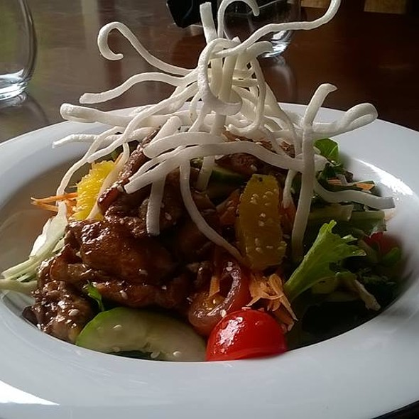 Asian Salad - Mavor's Restaurant and Bar, Charlottetown, PE