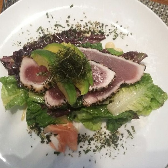 Seared Ahi Tuna Salad - Moreton Fig, Los Angeles, CA