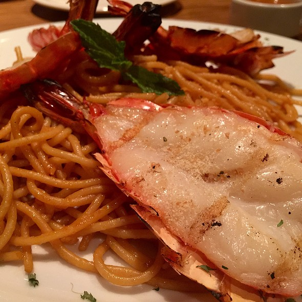 Tiger Prawns With Garlic Noodles - Brodard Chateau, Garden Grove, CA