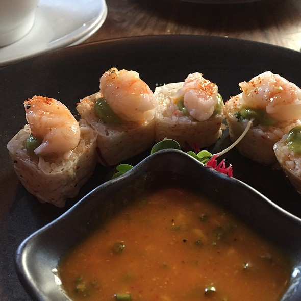Mango Shrimp Summer Roll - Catch New York, New York, NY