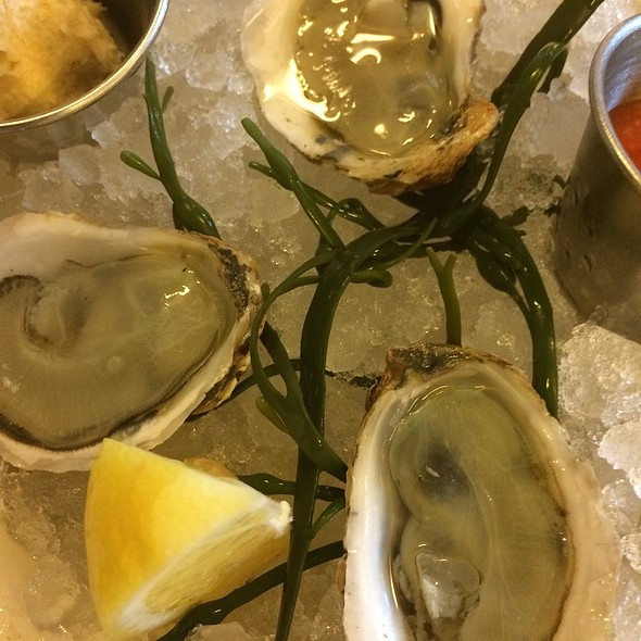 Oysters - The Smith- Lincoln Square, New York, NY