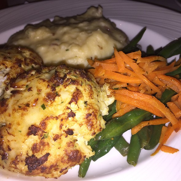 Maryland Crabcakes - Rusty Scupper - Baltimore, Baltimore, MD