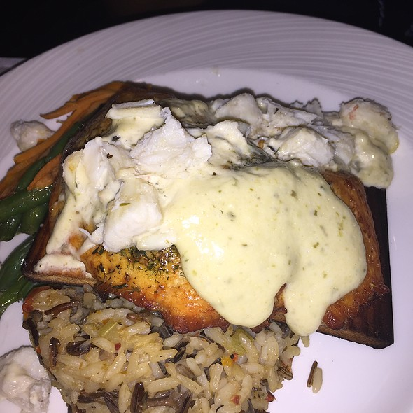 Salmon And Crab Dinner - Rusty Scupper - Baltimore, Baltimore, MD