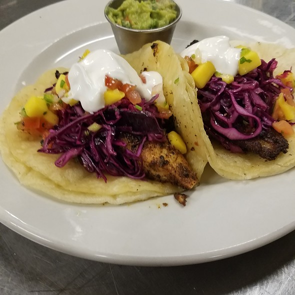 fish tacos - Barclay's American Grille, Oak Park, IL