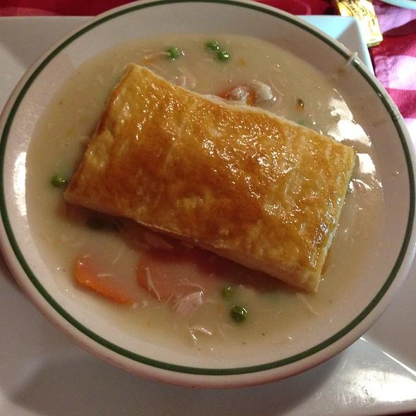 Chicken Pot Pie   Durgin Park, Boston, MA Part 80