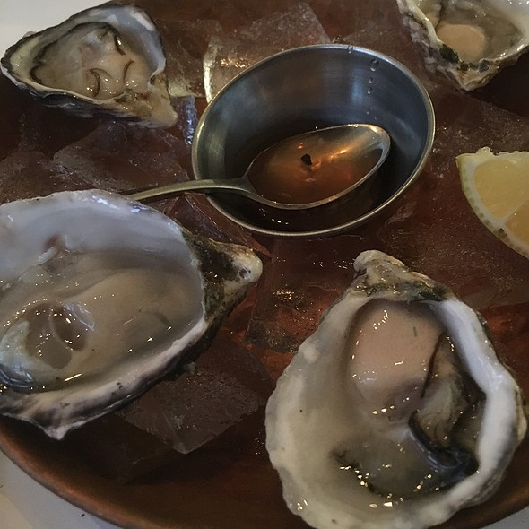 Kusshi British Columbia Oysters - Zuni Cafe, San Francisco, CA