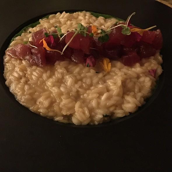 Ahi Sashimi Risotto - Ferraro's Bar e Ristorante Maui, Wailea, HI