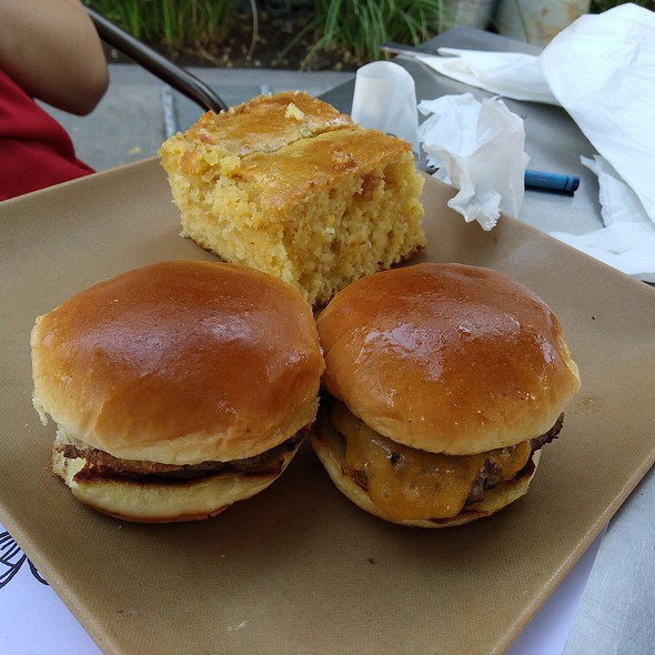 Kids Sliders - Sauced BBQ & Spirits, Livermore, CA
