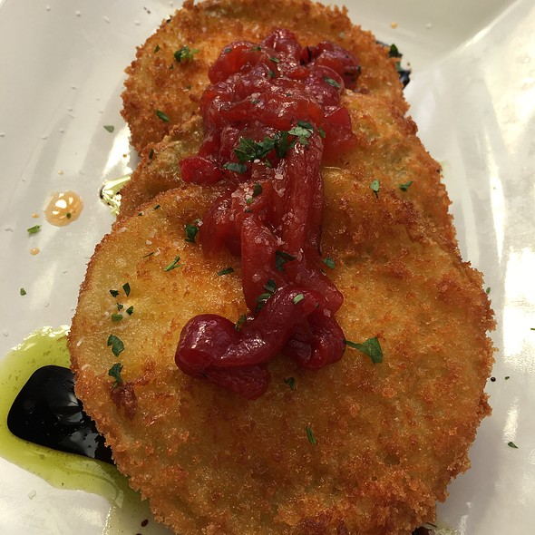 Fried Green Tomatoes - 29 South Eats, Fernandina Beach, FL