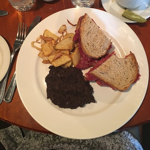 Corned Beef On Rye With Home Fried Potatoes And Refried Black Beans - Chez Piggy, Kingston, ON