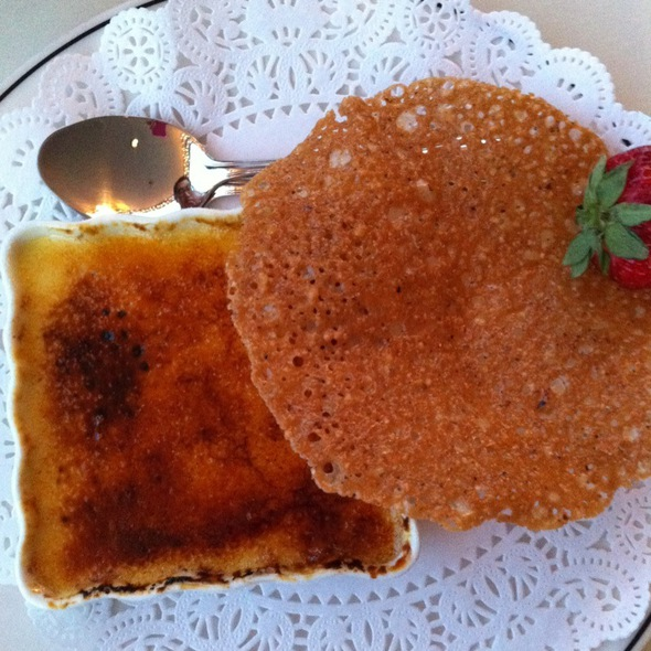 Creme Brulee - Salty's on the Columbia, Portland, OR