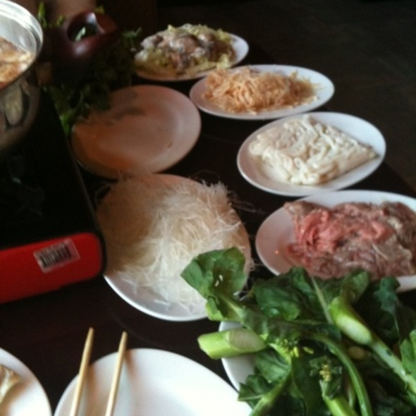 Hot Pot - Pagoda, Minneapolis, MN