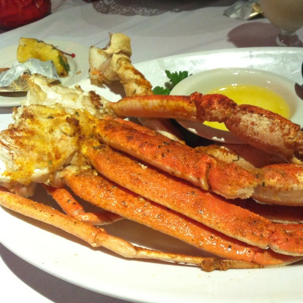 Broiled Snow Crab Legs - Sea Shore Restaurant & Marina, Bronx, NY