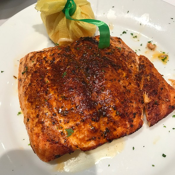 Food Places In Clayton Mo