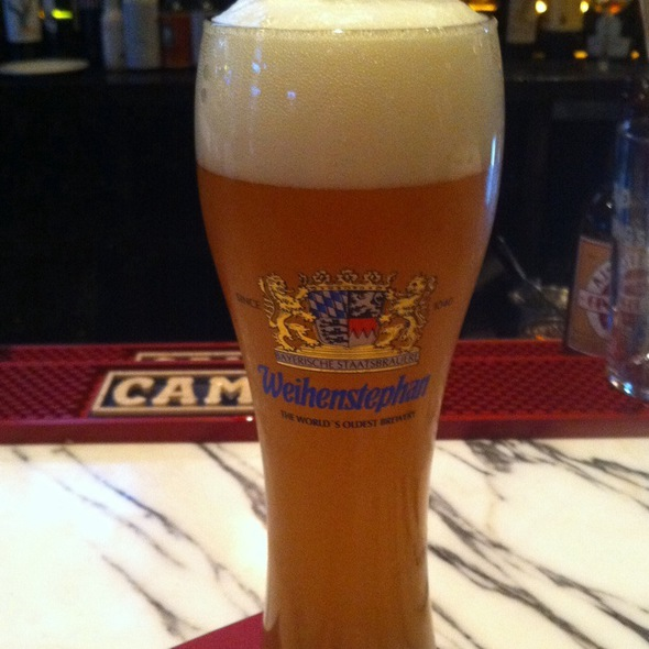 Weihenstephan HefeWeiss - Foundry On Elm, Somerville, MA