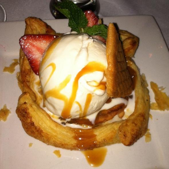 Apple Tartlette - Bobby Van's Steakhouse - 809 15th Street NW, Washington, DC
