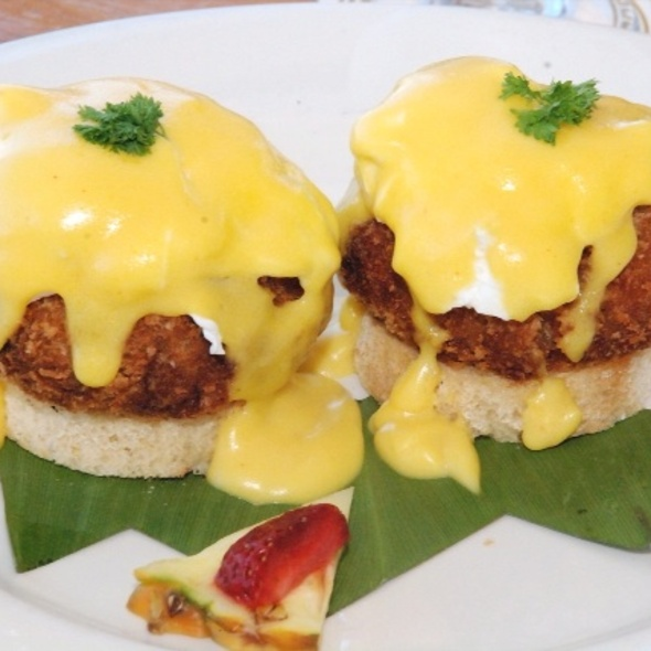 Blue Crab Cake Benedict - Ocean House Restaurant, Honolulu, HI