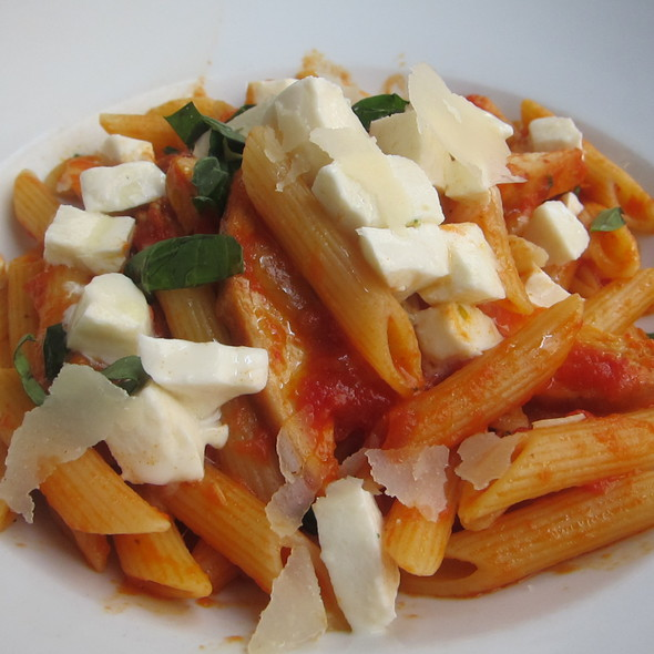 Penne - Naples 45 Ristorante E Pizzeria, New York, NY