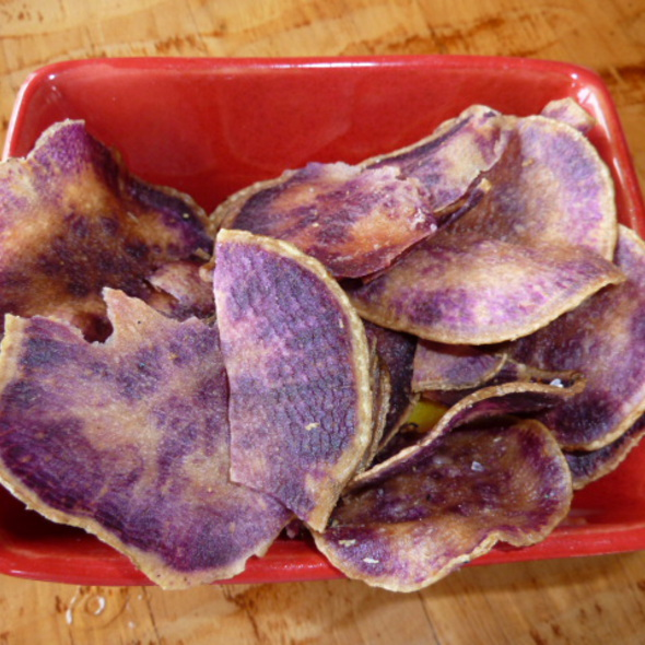 Purple sweet potato chips - Oasis on the Beach, Kapaa, HI