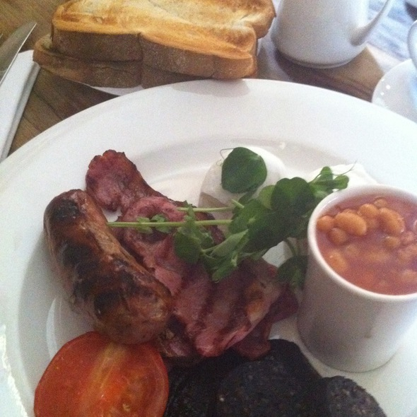 Full English Breakfast - The Grazing Goat, London