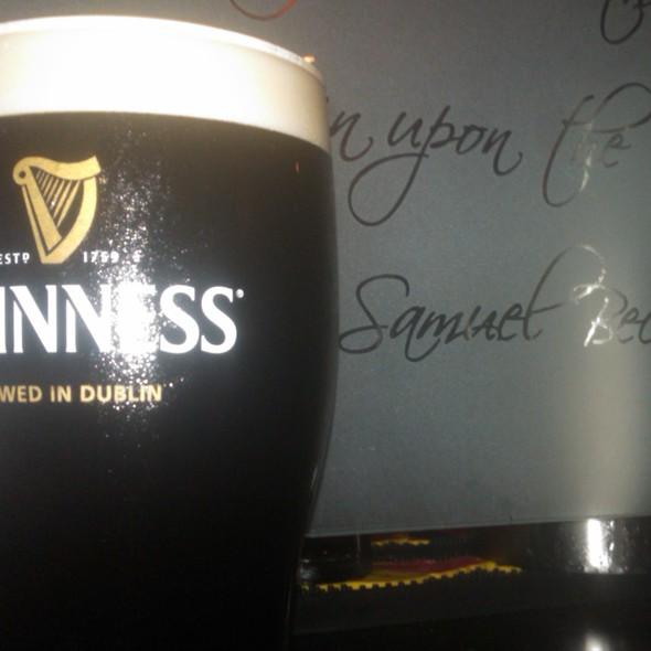 Guinness - Samuel Beckett's Irish Gastro Pub, Arlington, VA