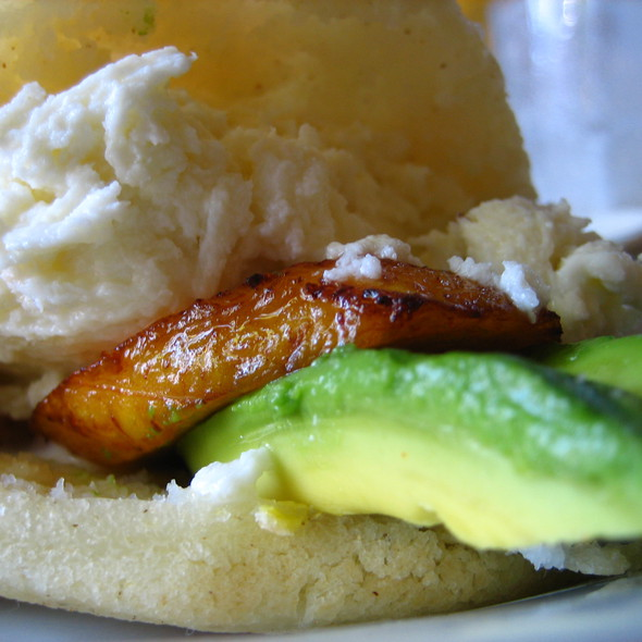 Cami's Arepa - Coupa Cafe, Beverly Hills, CA