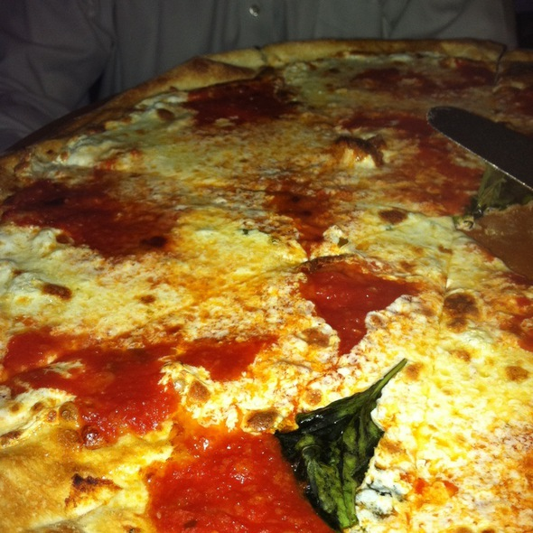 Margarita Pizza - Fratelli Brick Oven Pizza & Wine Bar, New York, NY
