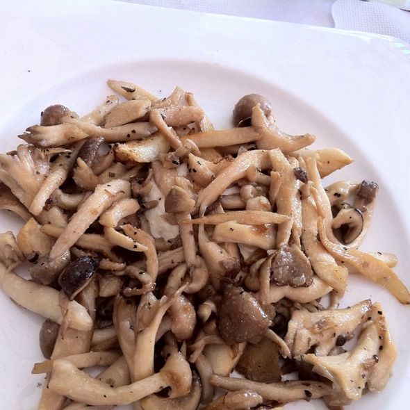 Sauteed Wild Mushrooms - 2117, Los Angeles, CA