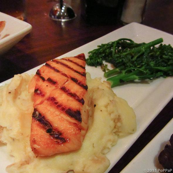 Grilled Petite Atlantic Salmon - Houlihan's - Prestonwood, Dallas, TX