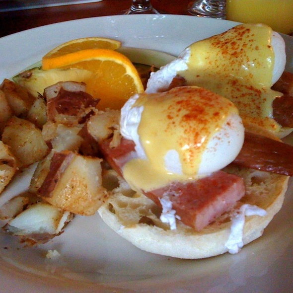 Polish Sausage Benedict - Ze Mean Bean Cafe, Baltimore, MD
