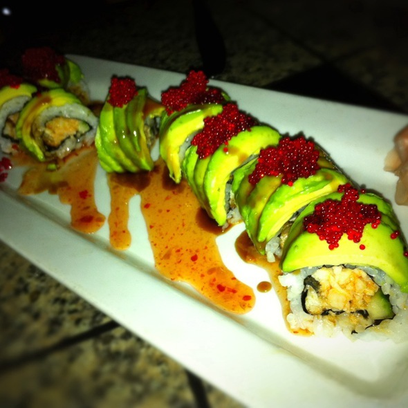 Green Dragon  - Three's Bar & Grill, Kihei, HI