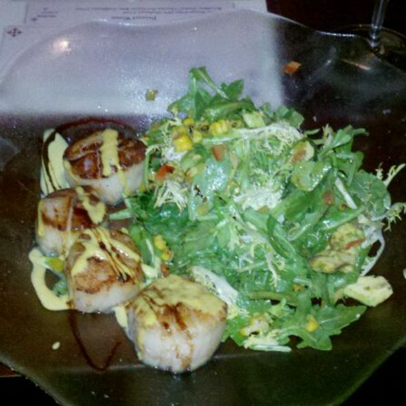 Pan Seared New Bedford Dry Sea Scallops - Halcyon Brasserie, Montclair, NJ