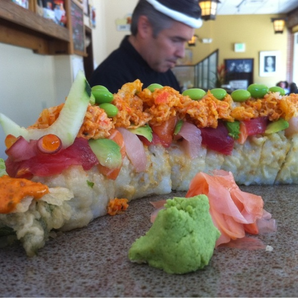 sushi & Taittinger Champain - Sushi Mambo, Calistoga, CA