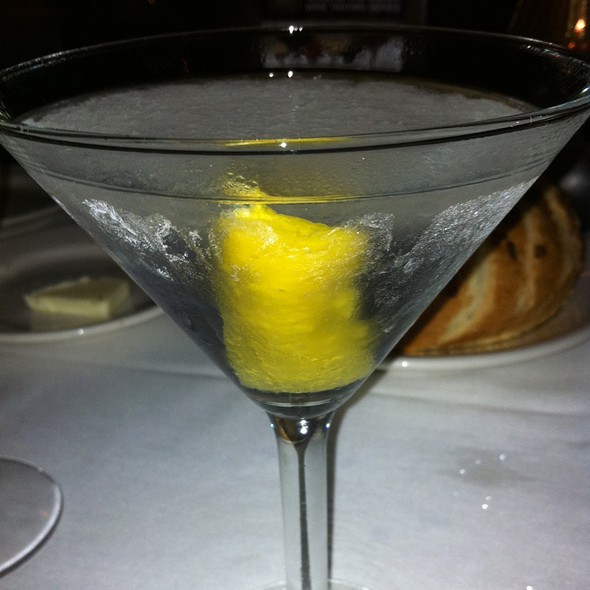 Dry Martini - Morton's The Steakhouse - Beverly Hills, Los Angeles, CA
