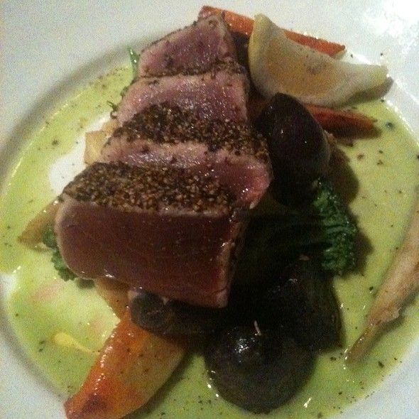 Peppercorn Crust Tuna Steak - Half Moon, Dobbs Ferry, NY
