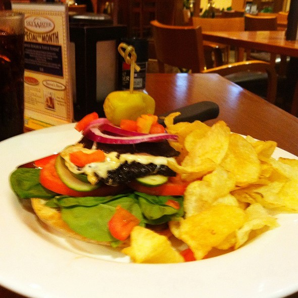 Portabello Mushroom Sandwich - TEN 01 SOCIAL - Hilton Minneapolis, Minneapolis, MN