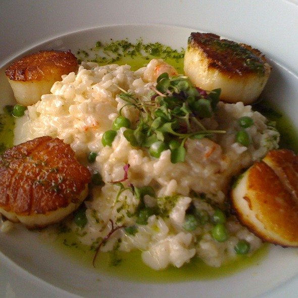 Seared Sea Scallops With Shrimp And Pea Risotto - Eagle's Nest - Hyatt Regency Indianapolis, Indianapolis, IN