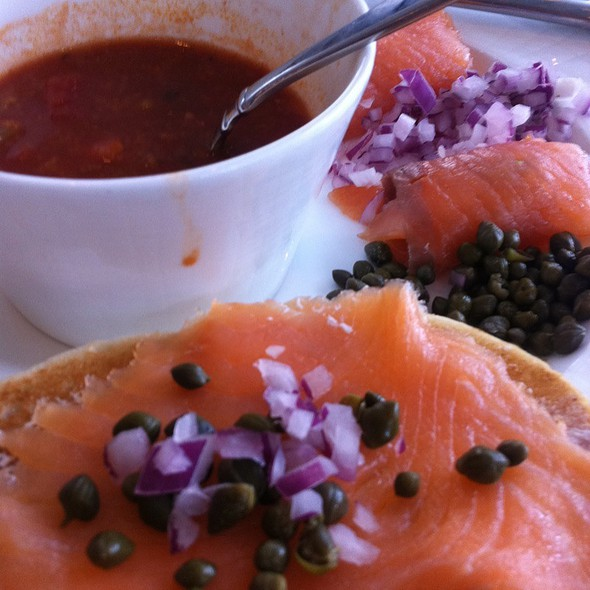 Bagel With Lox And Tomato Soup - Museum Cafe, Oklahoma City, OK
