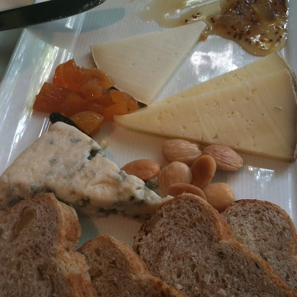 Artisanal Cheese Course - Harvest, Cambridge, MA