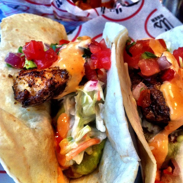 Blackened Mahi Fish Tacos - Bill's Bar and Burger, New York, NY