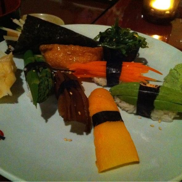 Sushi - KiYEMON Ramen Japanese Cuisine, Pasadena, CA