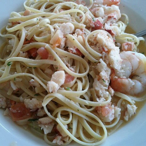 Imported Linguine With Shrimp And Lobster - Captain Bill's - Middleton, Middleton, WI
