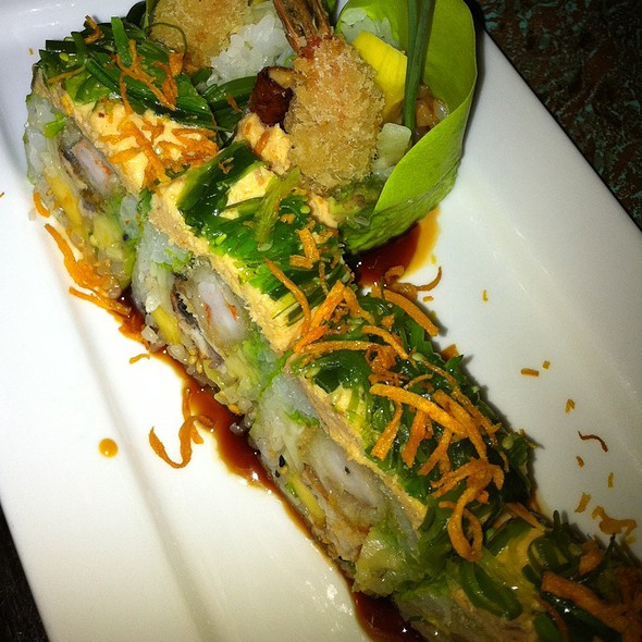 Green Roll - Feng Asian Bistro, Hartford, CT