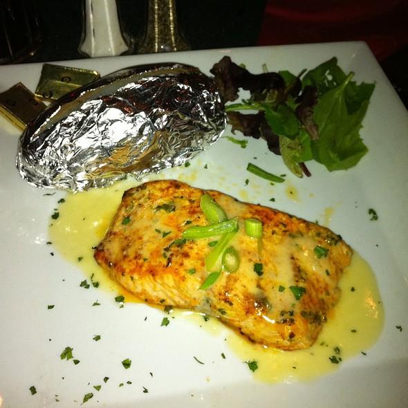 Cajun Salmon - Luna Del Sea, Baltimore, MD