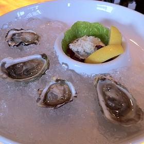 Oysters - Raymonds, St. John's, NF